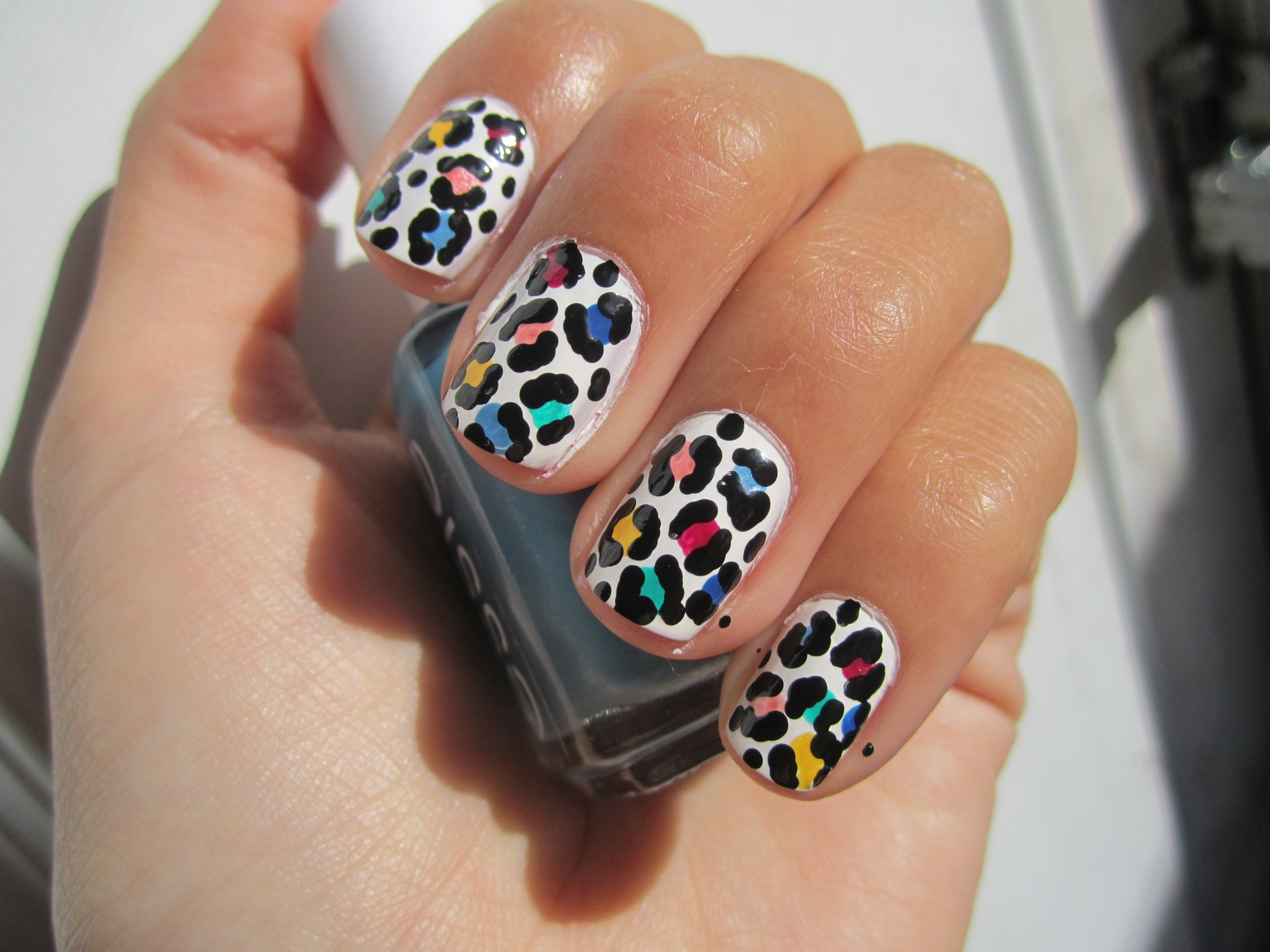 How to do Leopard Rainbow Nails | d.i.y.